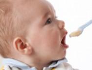 Etape in diversificarea alimentatiei la bebelusi